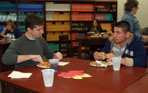 Language Academy students host dinner