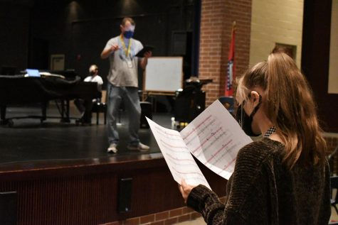 Choir continues to sing through pandemic